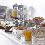 Σούπερ πρωινό στο ξενοδοχείο μας στην Άνδρο
