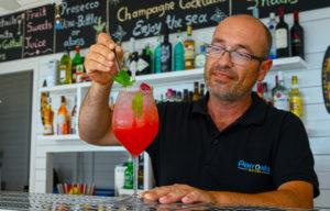 Απίθανα cocktails στην Παραλία Κυπρί